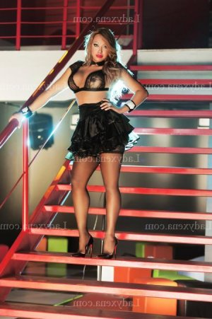 Mariam escorte girl lovesita à Bastia